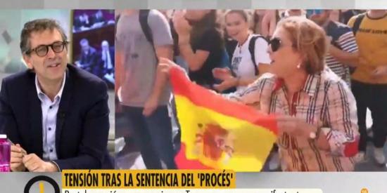 El Quilombo / 'Ya es Mediodía' manipula las imágenes para ocultar la brutal agresión a la mujer y un exdircom del PSOE la acusa de ir a provocar