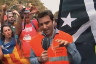 """Javier Negre: """"Pijo-progres como Antonio Maestre que relativizan la violencia son cómplices de los separatistas"""""""