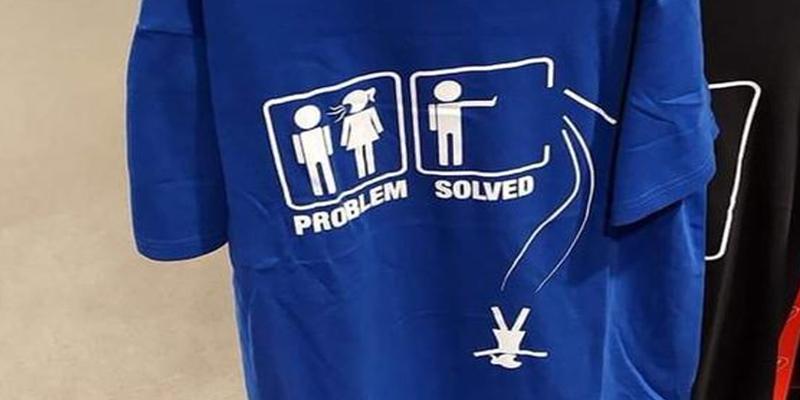 Supermercado italiano vende estas camisetas que incitan a matar a las mujeres