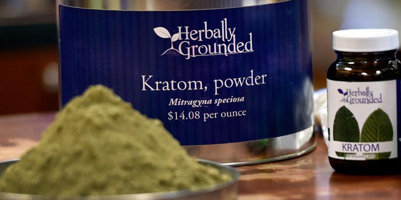 Todos los peligros que esconde un suplemento natural considerado como la 'heroína herbal'
