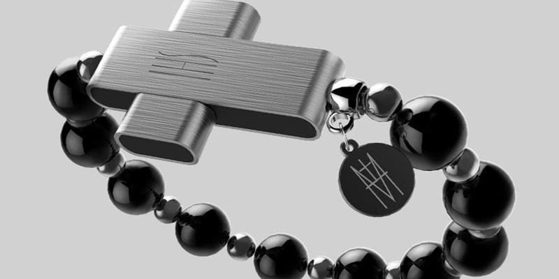 Un fallo de seguridad permite 'hackear' el rosario inteligente del Vaticano en solo 15 minutos