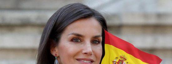 Entrevista PD / Los 'tesoros' de la reina Letizia o cómo ser patriota y distinguida y no morir en el intento