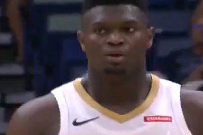 Zion Williamson, el novato de la NBA que sorprende con sus jugadas: 26 puntos en 23 minutos