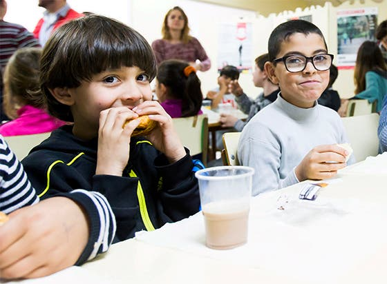 """La Obra Social """"la Caixa"""" y CaixaBank consiguen más de 2,5 millones de litros de leche para los bancos de alimentos"""