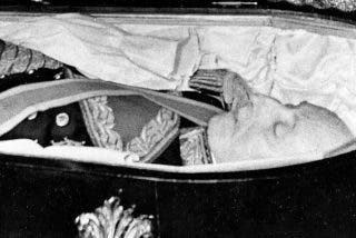 La maldición por exhumar a Franco se confirma: el juez Requero primera víctima tras sufrir un grave accidente