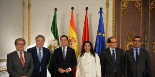 Moreno se reúne en San Telmo con la embajadora de Marruecos en España, Karima Benyaïch