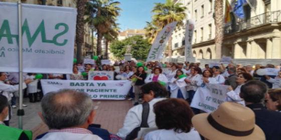 Los médicos andaluces anuncian movilizaciones
