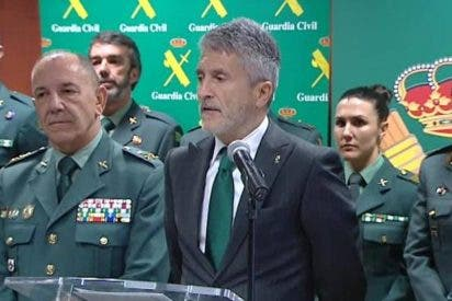 Fernando Grande-Marlaska se pone genuflexo con ERC y le brinda una salvaje purga de los mandos de la Guardia Civil