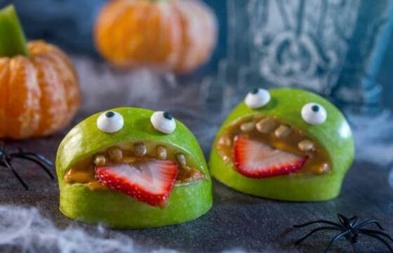 postres fáciles de halloween - Manzana de Halloween