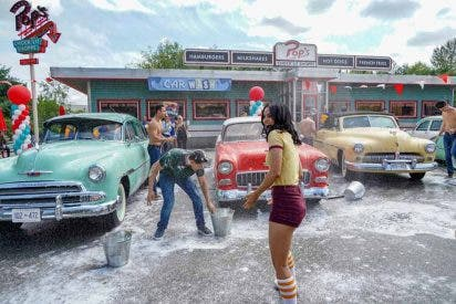 riverdale-4x03-lavado-coches