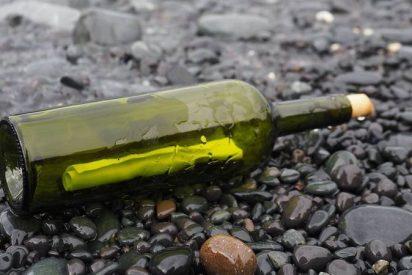 Encuentran en Tasmania esta botella con una carta secreta