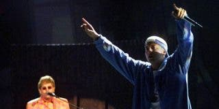 ¿Sabías que Eminem estuvo a punto de morir por sobredosis y lo salvó Elton John?