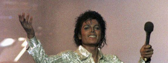 Subastan con un precio de salida de 100.000 dólares los calcetines con los que Michael Jackson hizo su primer moonwalk