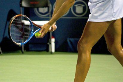 Vídeo viral: Estas 2 jugadoras de tenis acaban a golpes en plena cancha tras un apretón de manos demasiado vigoroso