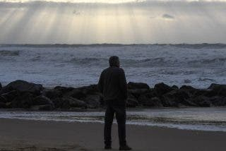 Aparecen unos 150 kilogramos de cocaína 'diamante' en las playas francesas y pueden aparecer más
