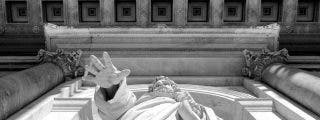 Un sacerdote abusa sexualmente de una niña de 10 años mientras esta lo grababa con su móvil