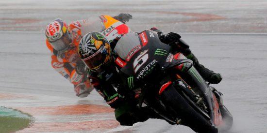 Vídeo viral: Una motocicleta sin piloto protagoniza un triple accidente en el MotoGP