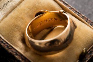 Recuperan el anillo de oro de Oscar Wilde, robado en 2002