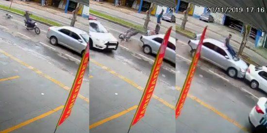 Vídeo viral: Este hombre da un salto mortal y aterriza en el techo de un coche tras chocar mientras huía de la Policía en Brasil