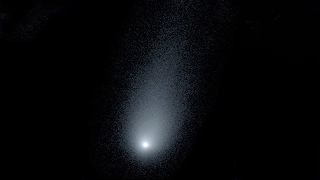 """Descubren un cometa """"fantasmal"""" que se dirige hacia la Tierra"""