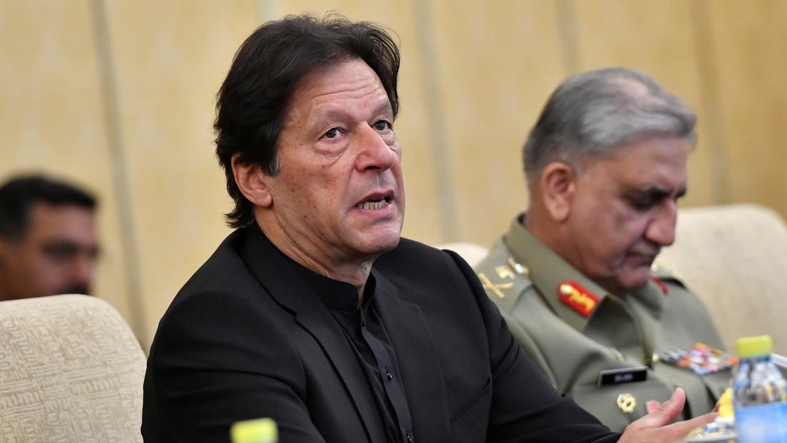 """Cachondeo con el primer ministro de Pakistán tras asegurar que """"los árboles producen oxígeno por la noche"""""""