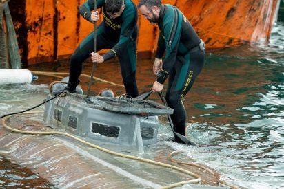 La Guardia Civil captura un 'narcosubmarino' cargado de cocaína en Galicia
