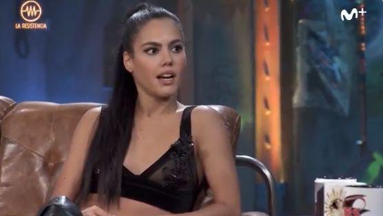 La actriz porno Apolonia Lapiedra revienta las redes sociales con su tuit sobre las 'mamadas' de Pablo Iglesias
