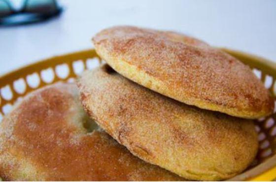 Batbout, pan marroquí hecho en sartén