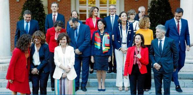 El PSOE hace la cruz a la educación concertada pero el ministro socialista que no estudió en ella, manda ahí a sus hijos