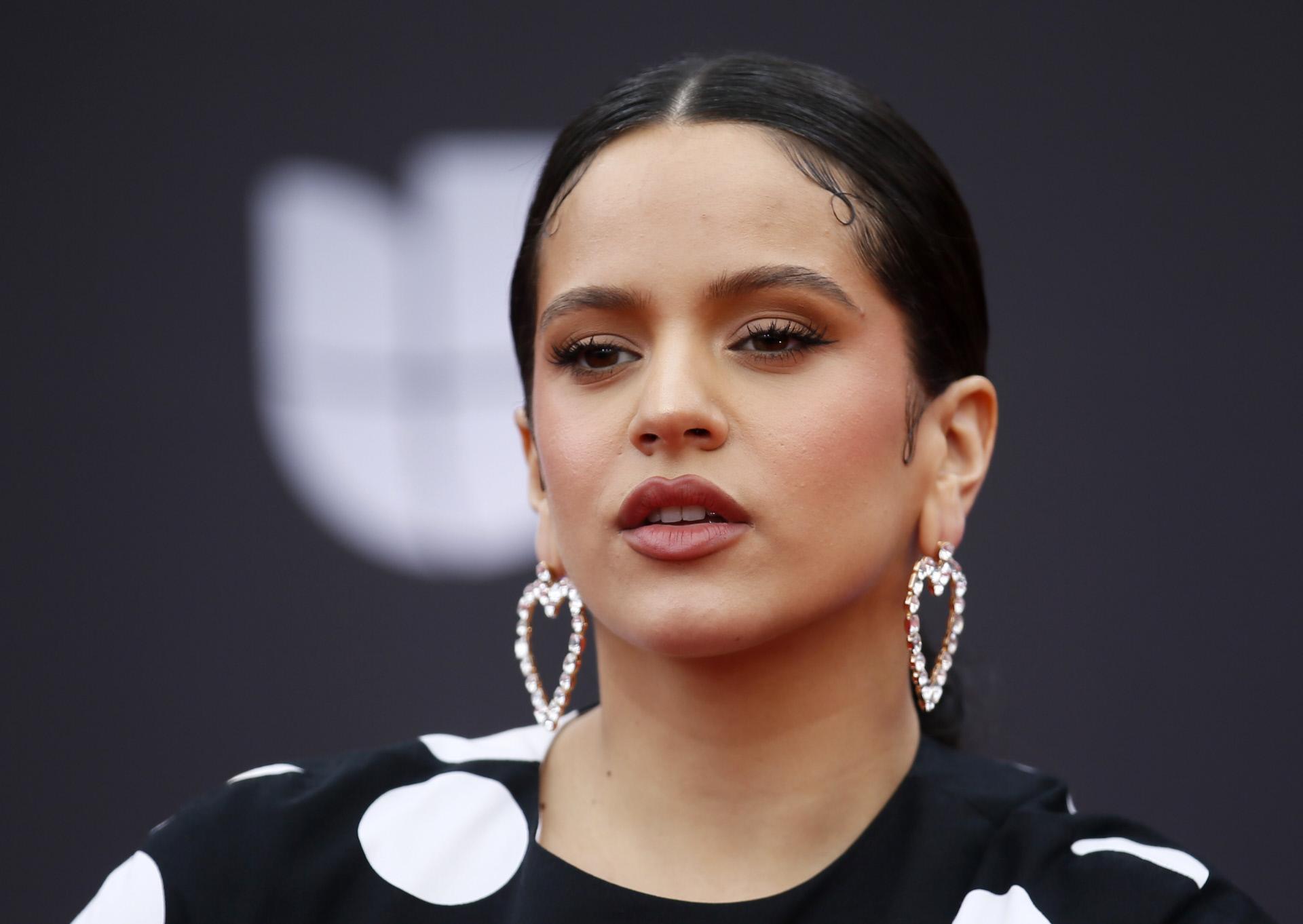 ¡Prepara las palomitas! Rosalía está a punto de ser protagonista de su propia película