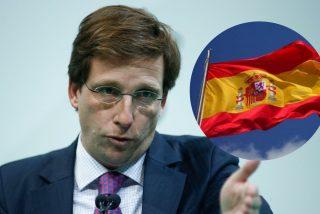 'Rojigualda': El popular Almeida siembra Madrid de enormes banderas de España