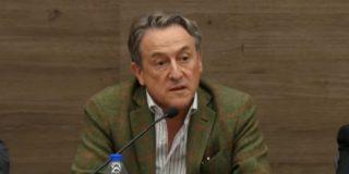 Hermann Tertsch señala a los medios progres que se irritan con VOX mientras silencian el futuro gobierno con golpistas