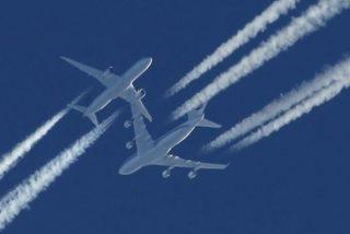 Qué es el 'tankering', el contaminante combustible que utilizan algunas aerolíneas para ahorrar dinero