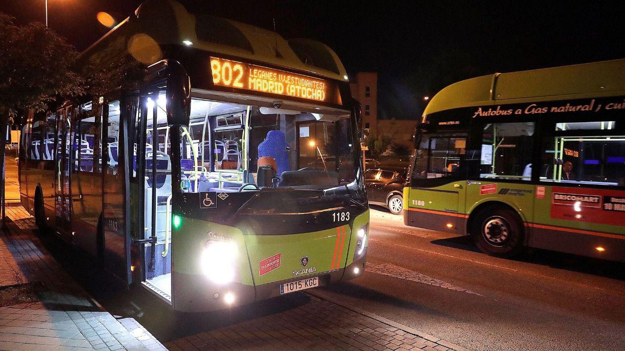 Resultado de imagen de Mujeres y menores podrán bajarse de los autobuses nocturnos de Madrid fuera del itinerario