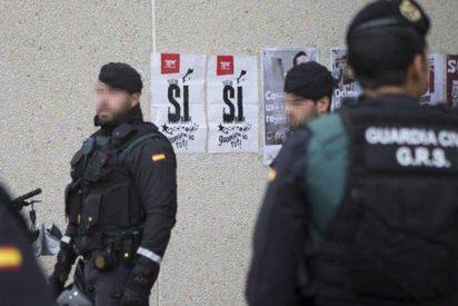 Pedro Sánchez ha dejado tirados a los agentes: ¿Sabías que los guardias civiles tienen que poner dinero de su bolsillo para el hotel en Cataluña por los retrasos en dietas?
