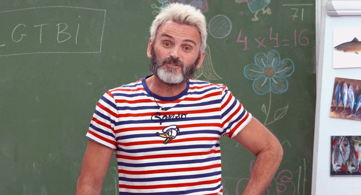 El actor Fernando Tejero hace el 'ridículo' más espantoso en su 'Vuelta al cole' en Telemadrid