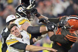 Steelers vs Browns: bestial pelea entre los más bestias del fútbol americano