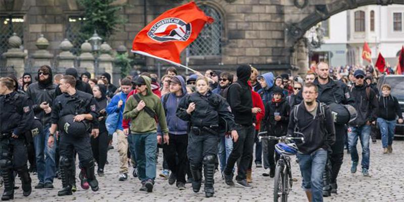 Alemania: La ciudad de Dresde declara el estado de 'emergencia nazi'