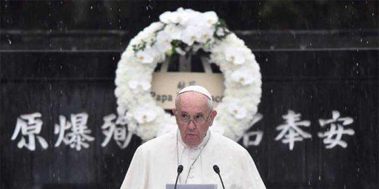 El papa hace un alegato contra las armas nucleares desde Nagasaki