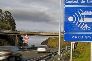 La DGT tendrá que devolver 100€ a miles de conductores por los 'radares ilegales' que multan cuando adelantas