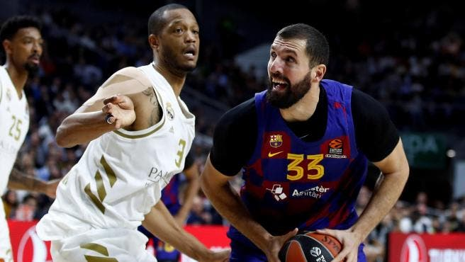 El Real Madrid pasa por la piedra al Barcelona en el regreso de Mirotic al Palacio