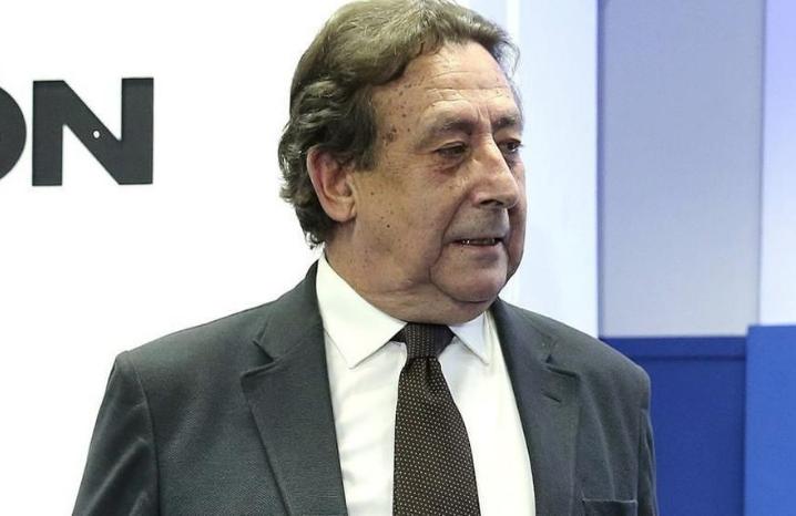 """Alfonso Ussía estalla: """"Estoy vetado por el Grupo Planeta y por la COPE porque allí manda mucho ABC"""""""