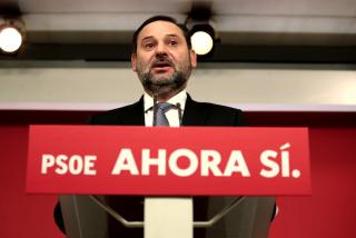 Esta es la verdadera cara de los nervios en el PSOE: Ábalos se pone como un cretino con un periodista que le pregunta lo obvio