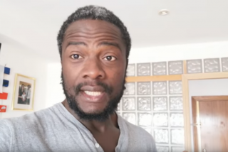 """Bertrand Ndongo, el 'negro de VOX', detona contra los que defienden el multiculturalismo: """"¡Mis cojo***! Si entras en España tienes que adoptar su cultura"""""""