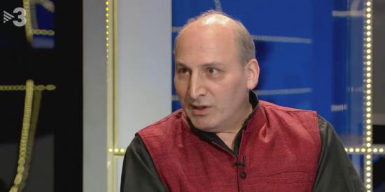 Buenafuente sigue dedicando programas en TV3 a criminalizar a España: lleva a un preso político iraní para compararlo con Junqueras