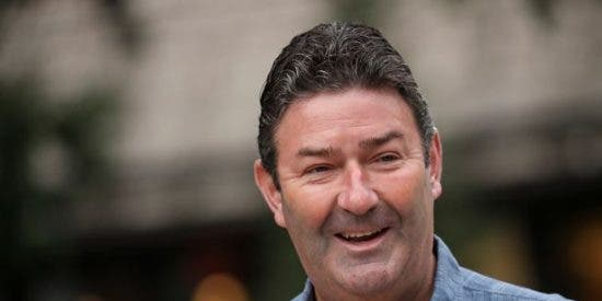Steve Easterbrook, el CEO de McDonald's despedido por fornicar con una empleada, se lleva 40 millones