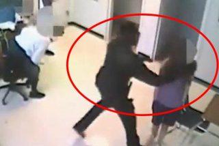 Vídeo viral: Detienen a este ayudante del sheriff de Florida por agarrar a una niña de 15 años por el cuello y arrojarla contra el suelo en una escuela