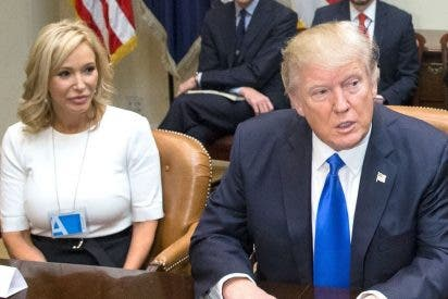Trump ficha a una telepredicadora para la oficina de asuntos religiosos de la Casa Blanca