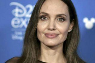 Hallan una bomba en Fuerteventura y evacuan inmediatamente a Angelina Jolie del set de rodaje de su próxima película