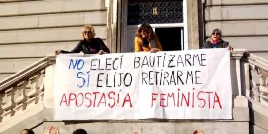 Apostasía feminista en las puertas del Arzobispado de Madrid